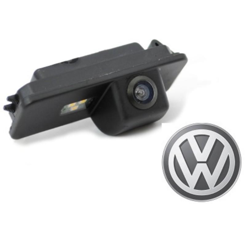 CMOS камера заднего вида для VOLKSWAGEN BEETLE (2006-2010) / POLO V HATCH / PASSAT CC / SCIROCCO (#103)